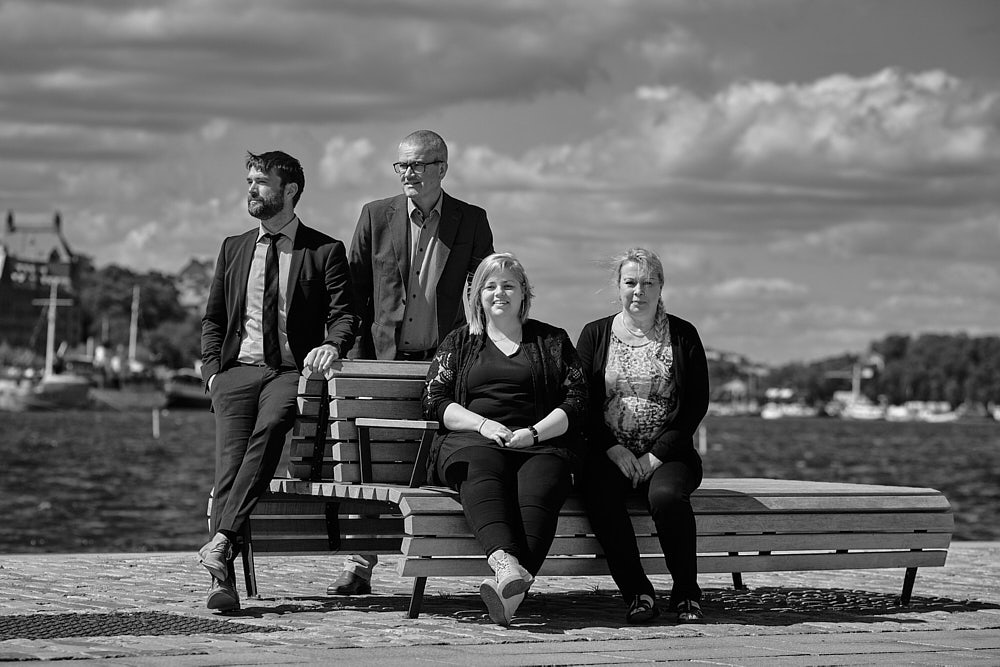 personalfotografering-gruppbild-foretag-fotograf-stockholm-gnesta